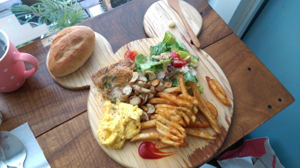 Taichung 洛可可烘焙坊 Roll coco Pastry 風起雲湧的早午餐