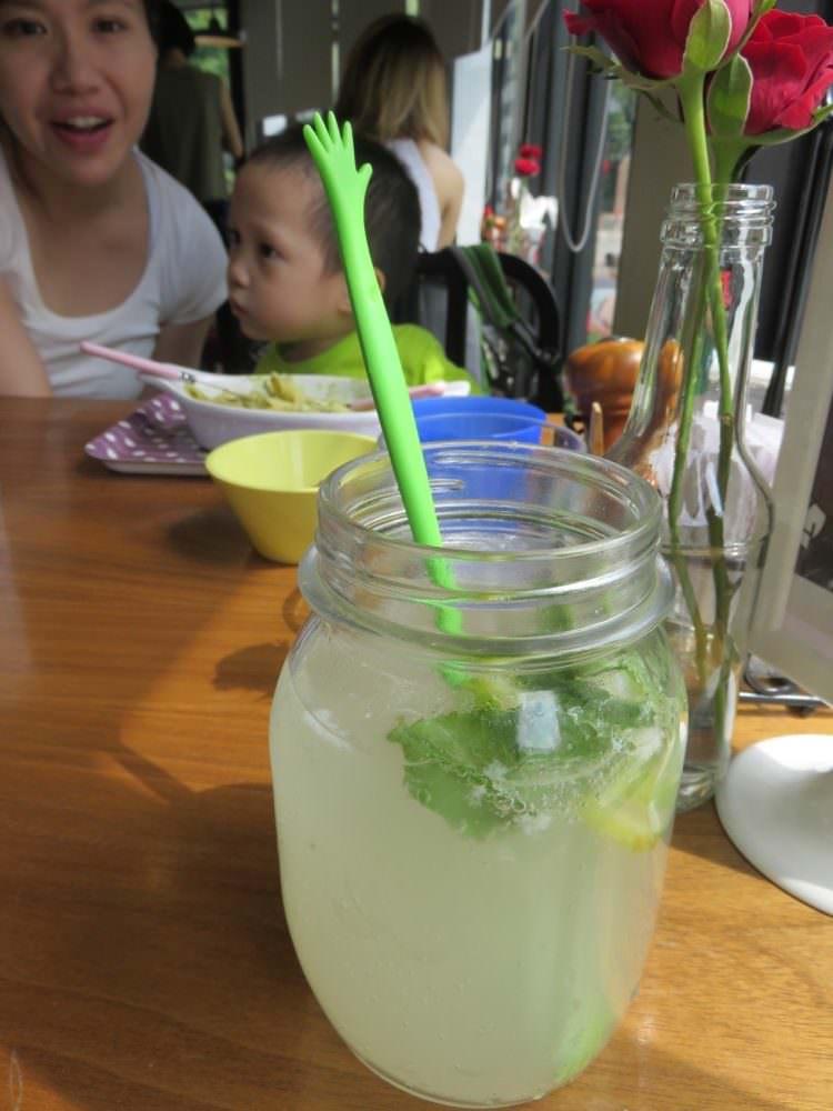 TiMAMA Deli & Cafe