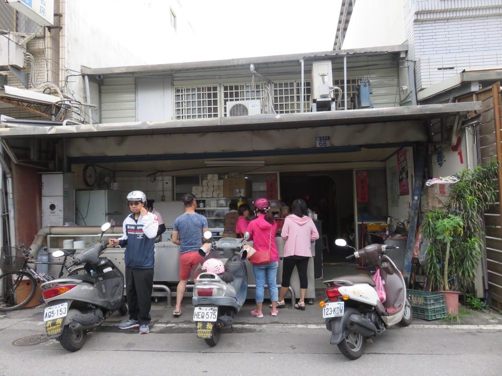 花蓮新港街無名蛋餅