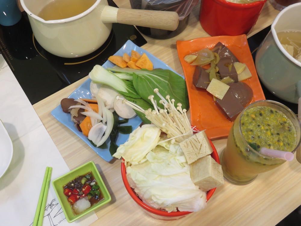 《天然火鍋首選》可米宏鍋物飲品 CALL ME HOME 吃貨老闆推薦的食材原味