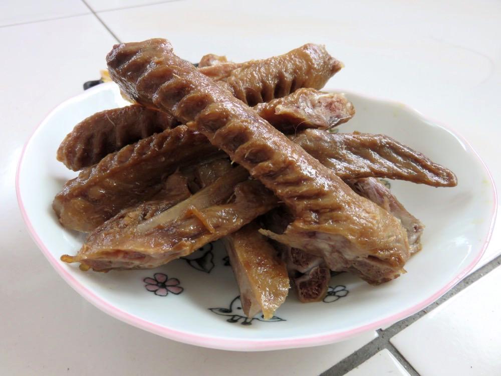《市場大進擊》珍育魯味原宜蘭羅東放山雞 jumbo雞腳驚為天人