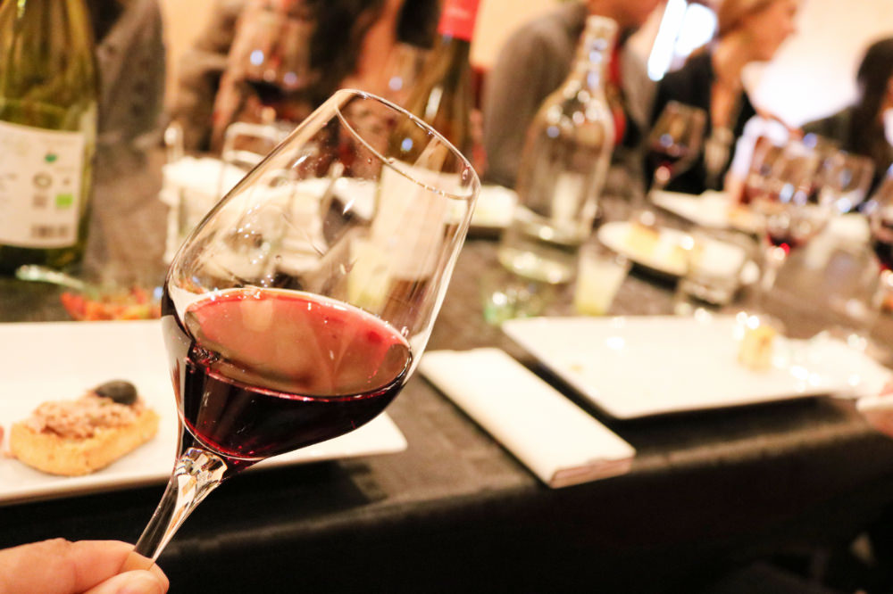 《西班牙巴塞隆納》蒙特塞拉特山 Tapas 葡萄酒酒莊半日遊