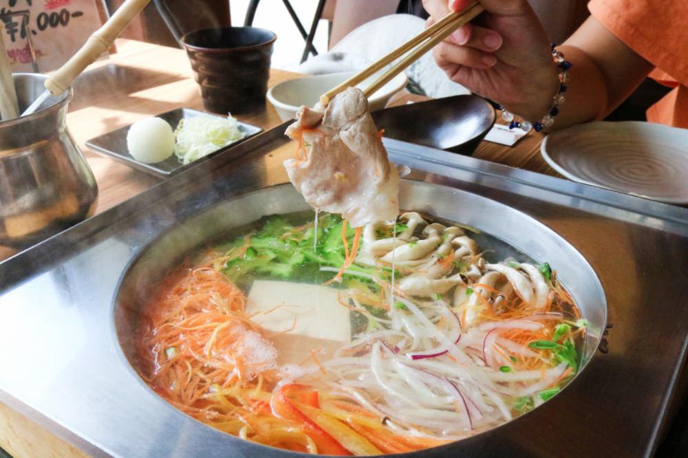 《沖繩美食》阿古豬專賣想吃鍋與炸豬排就在 我那霸豚肉店