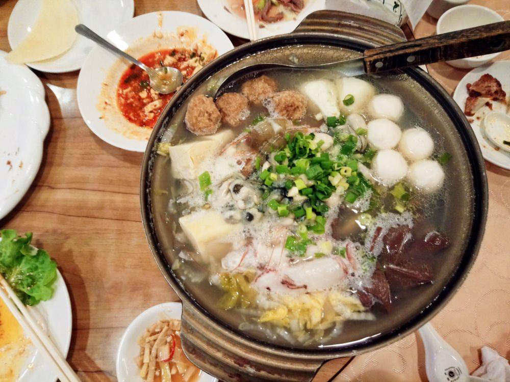 《台北真福記》脆皮烤鴨 酸菜白肉鍋 聚餐尾牙慶祝首選