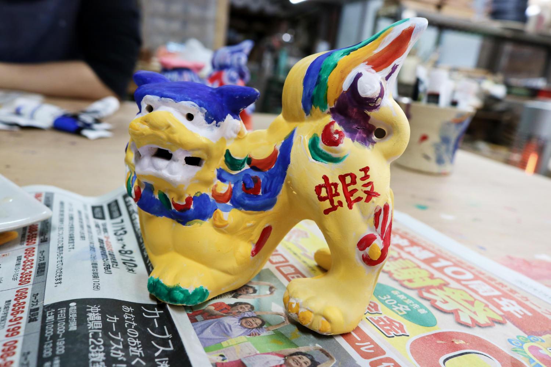 《日本》沖繩傳統陶藝 素燒風獅爺著色體驗 親子同樂創意無限