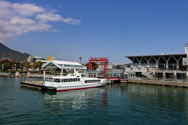 《日本》長崎到熊本交通捷徑 渡輪搭船附海鷗飛舞伴遊親子同樂