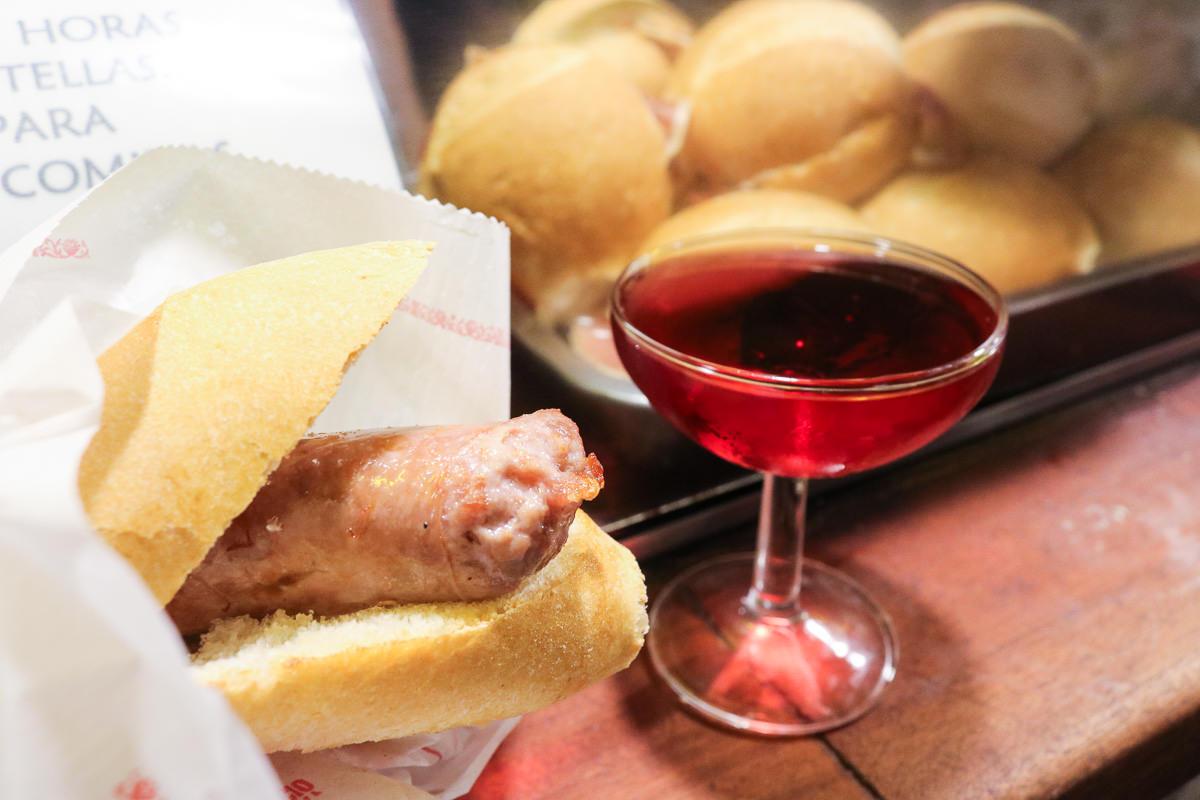 巴塞隆納自由行粉紅Cava搭配現煎肉腸La Xampanyeria美食天堂