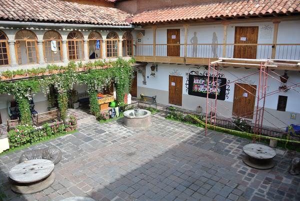 《南美》祕魯。庫斯科。Pariwana hostel。享受背包客聚集的歡樂氣氛