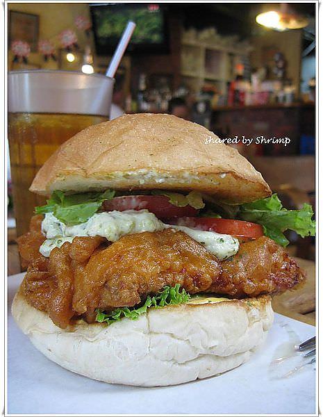 台北 如果有花生醬雞排堡說不定會讓我為之一亮咧 1885 Burger Store