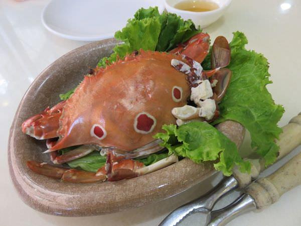 新北萬里。阿嬌海鮮館。清蒸三點蟹~清蒸尚青