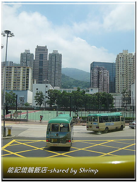雙層巴士往山上的風景.jpg