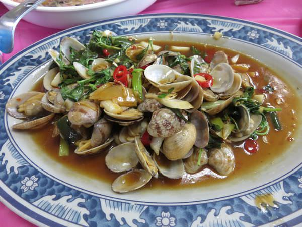 《宜蘭》烏石港 龜山島7號海鮮餐廳 頭城人平常都吃什麼呢