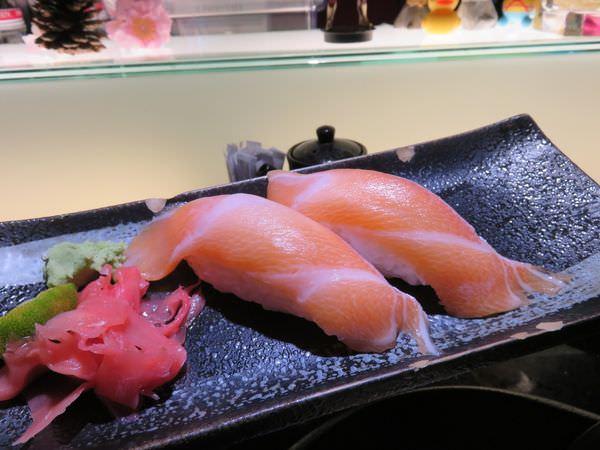 台北內湖。鱗漁場。所謂迷你版的天蝦丼…會不會太銷魂