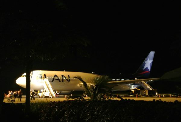 智利復活島。LAN航空。從復活島飛回祕魯利馬。準備大啖天竺鼠!!!